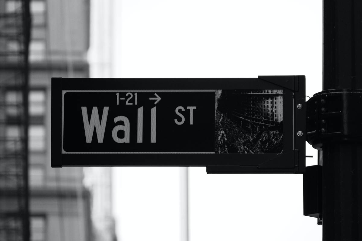 Stocks Versus ETFs: Which is Better to InvestIn?